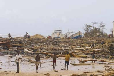 La côte d'Antalaha après la tempête...