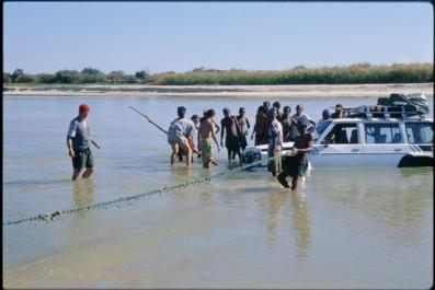 Une voiture à l'eau !!